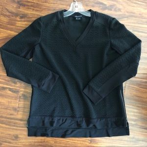 Theory Women V-Neck Black Sweater Size S